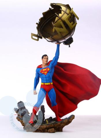 Grand Jester - Superman Statue
